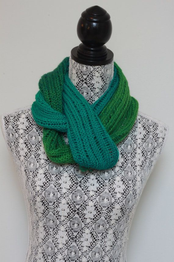 Green gradient scarf // Handknit with by SoppyKnitsStuff on Etsy