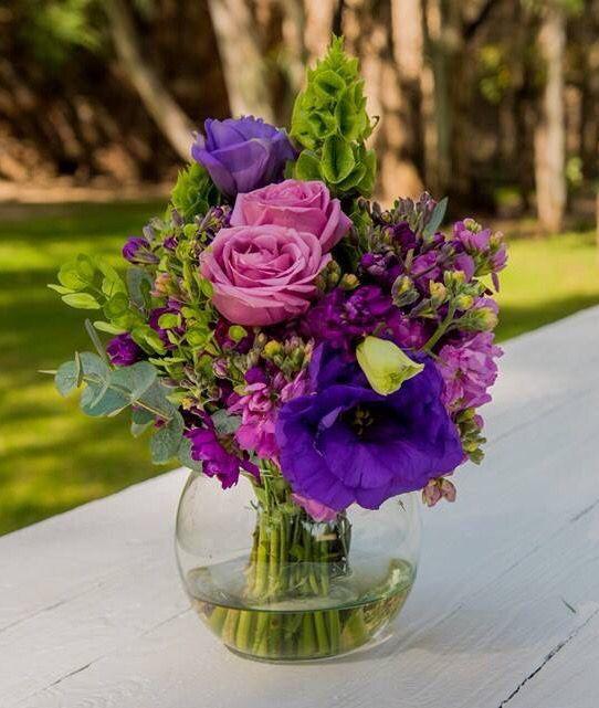 Pecera con flores centros de mesa flores pinterest for Centros de mesa con peceras