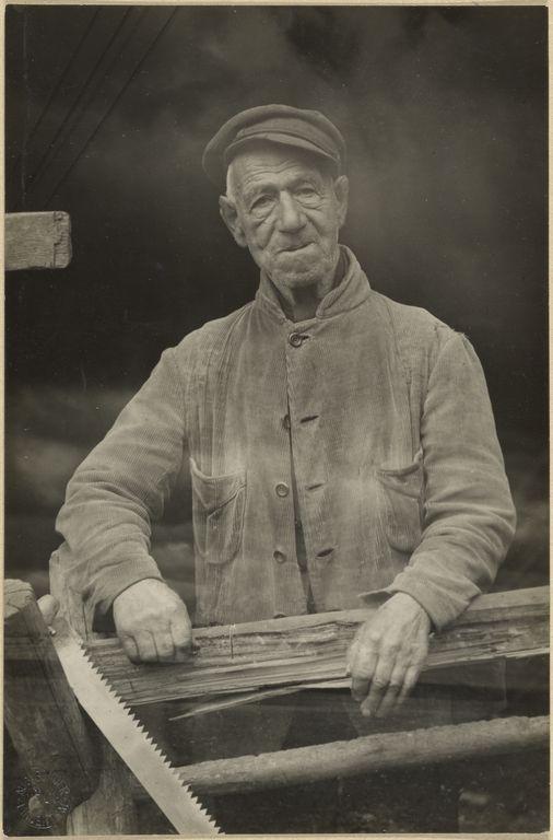 [Untitled] / [Man]; August Sander (German, 1876 - 1964); about 1925 - 1930; Gelatin silver print; 17.1 x 11.3 cm (6 3/4 x 4 7/16 in.); 84.XM.126.337; Copyright: © J. Paul Getty Trust