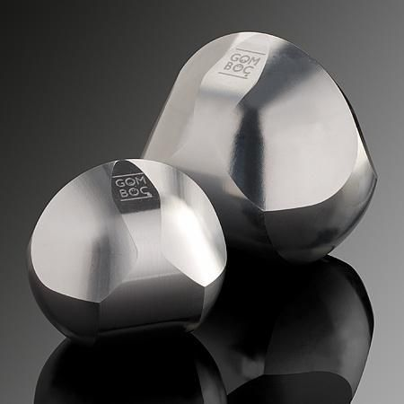 Sparkling gem of science.The highly polished Aluminium Gömböc is an ideal gift to peolple who likes elegant forms. This is the only known self-righting geometric object on the world!