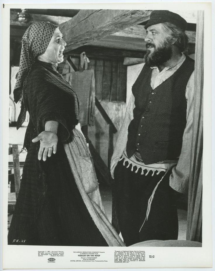 Norma Crane Topol Photo 1971 Fiddler on the Roof Fiddler