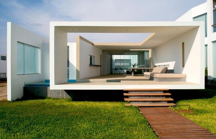 Buoyant Beach House by Javier Artadi in Lima, Peru