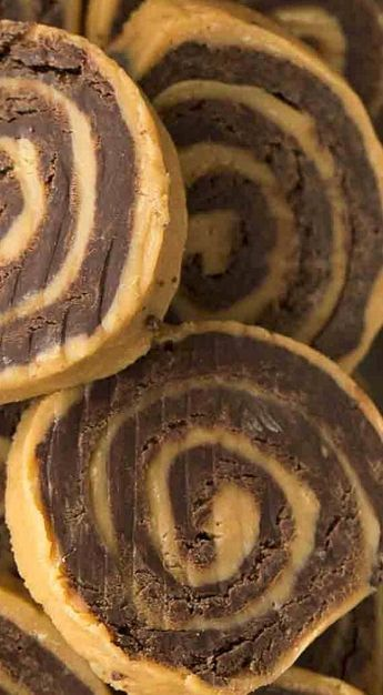No Bake Chocolate Peanut Butter Pinwheels