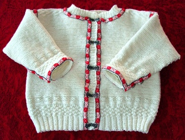 A variation of the FANA pattern. Knitted by Lill Venke Hustvedt