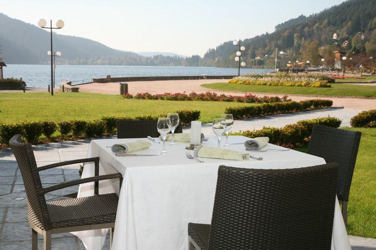 Hôtel Beau Rivage Gérardmer - Terrasse Restaurant Coté Lac.