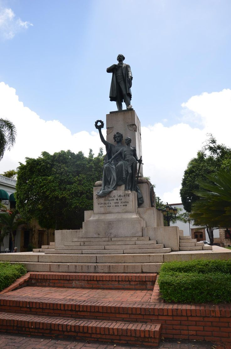 Monumento a Juan Pablo Duarte, Santo Domingo | Dominican Republic