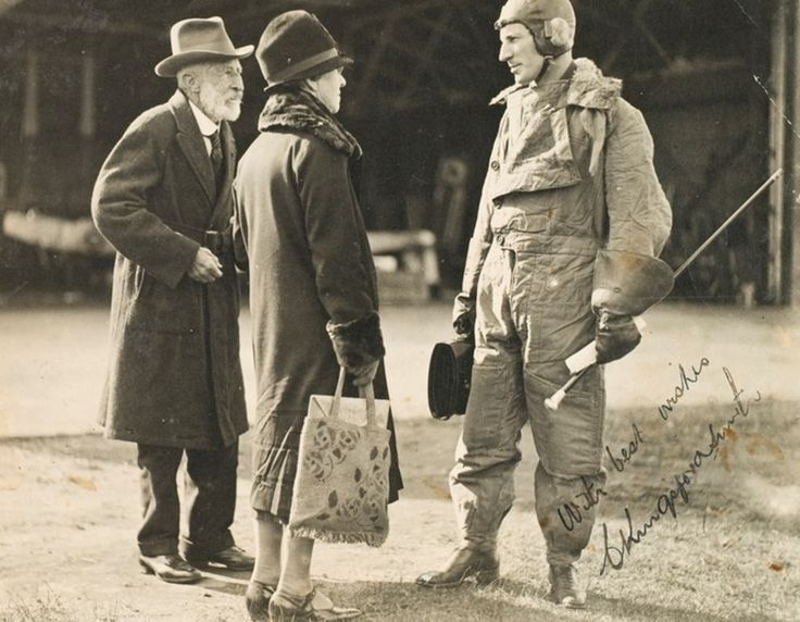 Charles Kingsford Smith with parents.