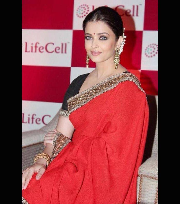 Aishwarya Rai Bachchan in desi wear to promote stem cell banking in Chennai....ohhhhhhhhhhhhhhh my goooooood soooooo pretty