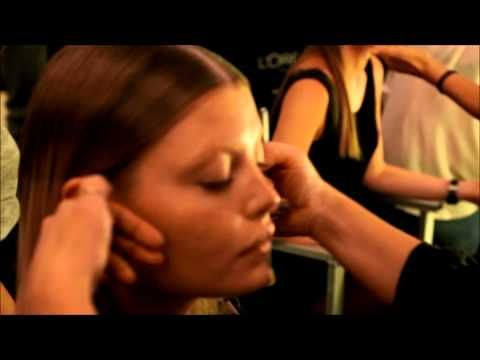 Hør Anne Staunsager fortælle om makeuppen til Wackerhaus SS13 showet