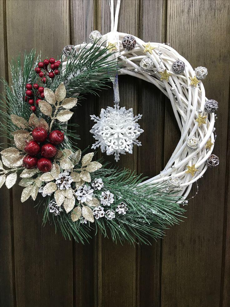 Christmas wreaths fro doors