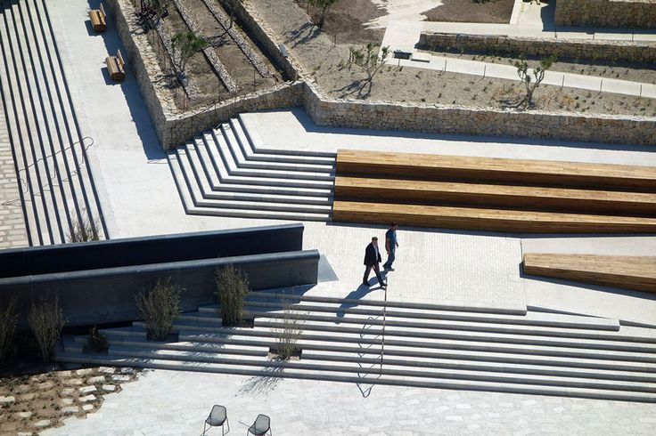 agence aps 2011 jardin promenade fort saint jean jardin des migrations marseille fr via. Black Bedroom Furniture Sets. Home Design Ideas