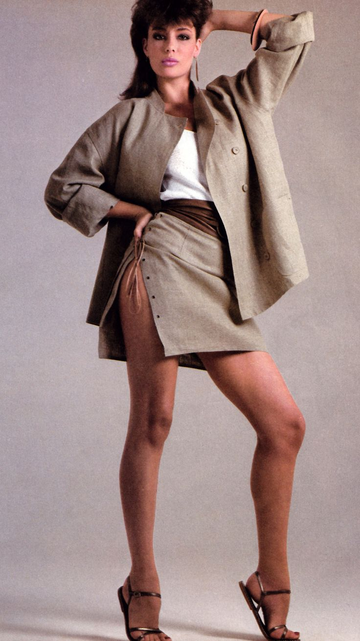 Richard Avedon for American Vogue, November 1981. Clothing by Calvin Klein.