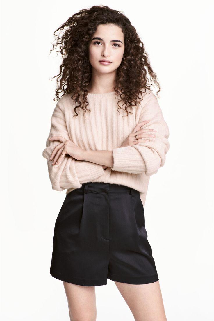 Saténové šortky, vysoký pás | H&M
