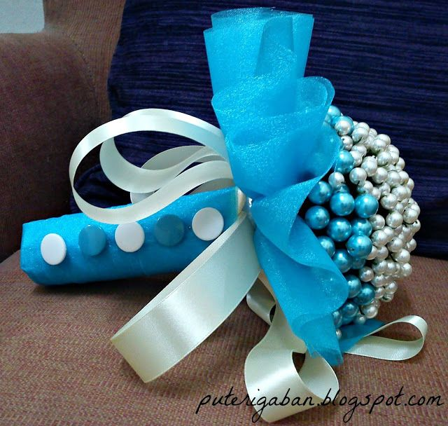 Nursaila Norman: Pearl Handbouquet : Bride 2 Be Sentul/Raub