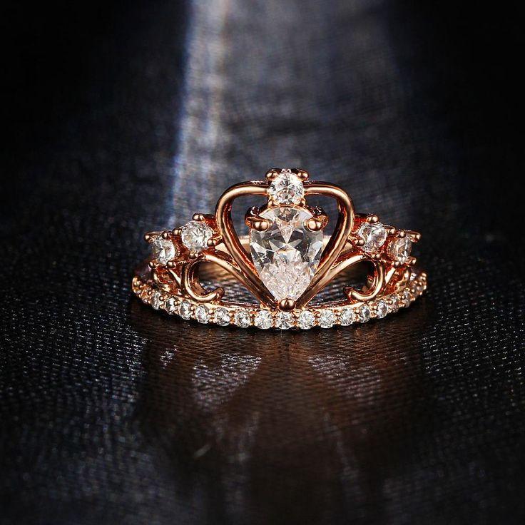 Luxury Heart Crown Ring