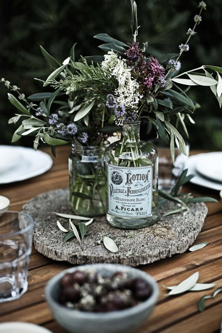 Wild flowers, herbs and olive tree branches - Pratos e Travessas | Food, photography and stories - Mónica Pinto
