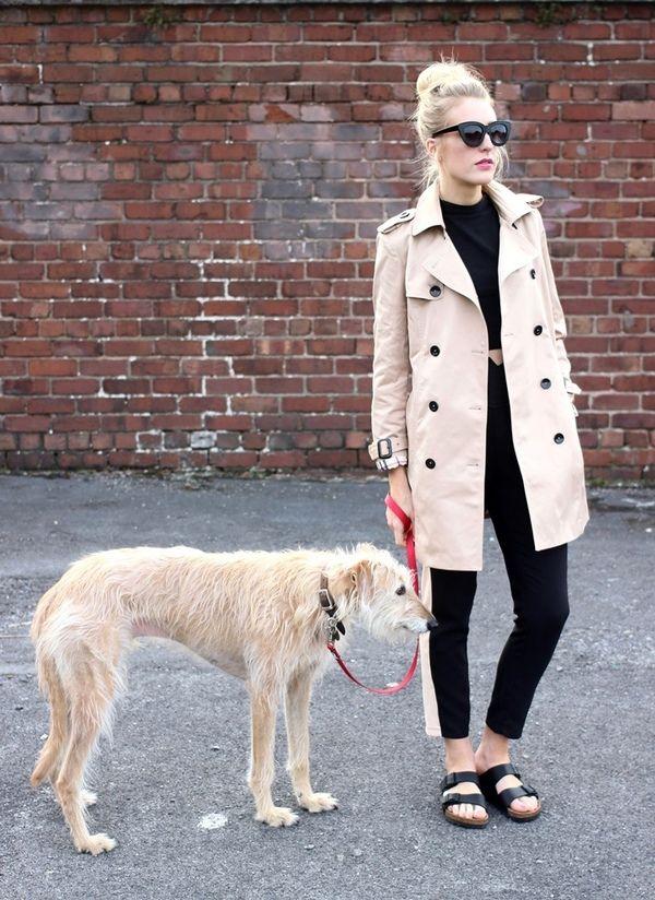 オールブラックコーデでシンプルにかっこよく♡ 人気のおすすめトレンチコートコーデ一覧。レディースファッションまとめ。