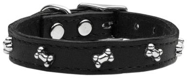 Give your dog a bone that will last! This leather dog collar with riveted bone embellishments and coordinating lead (sold separately) is a great festive choice this Halloween. Made in the USA