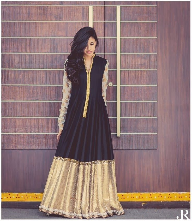 In complete love with this floor length anarkali. So freakin' gorgeous! #indian #wedding