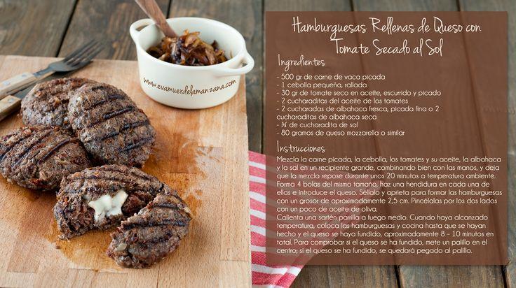 Mini Receta: Hamburguesas Rellenas de Queso con Tomate Seco y Cebolla Balsámica Caramelizada