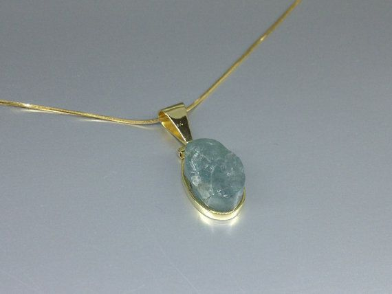 Natural Aquamarine set in 18K gold by GemoryPrague on Etsy, €339.00