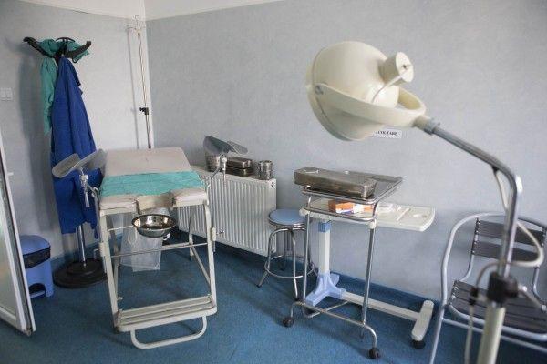 Acuzaţii de tortură şi omor la spitalul din Tecuci/ Medicii aruncă vina unii pe alţii