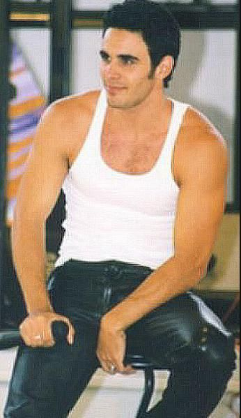 http://liamhubpages.hubpages.com/hub/Best-Mens-Leather-Shirts