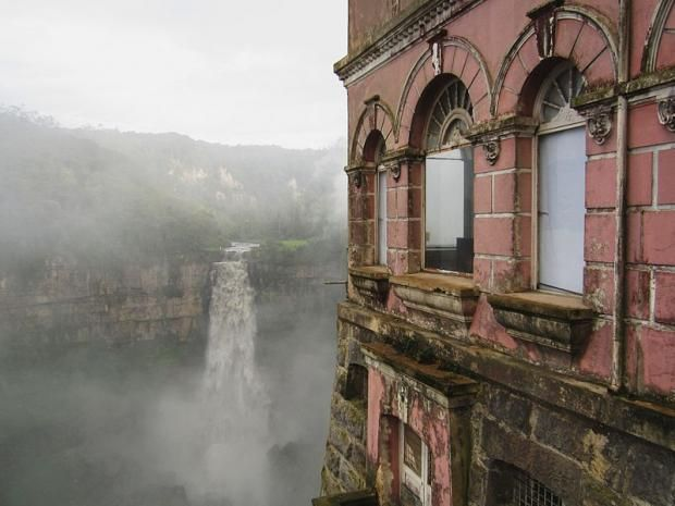 Originally a private residence, then partially converted into a hotel and finally turned into a museum, the Tequendama Falls Museum in Colombia