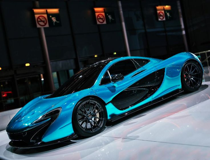 Watch a Stunning #McLaren P1 Supercar Driven Fast and Hard On The Street.