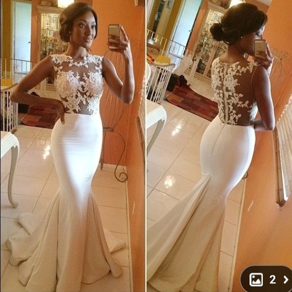 Gorgeous formal dress, never worn!! This is a beautiful dress! Very close to the comparison picture. Very form fitting and sexy. The top is a nude color, to blend with skin. Beautiful for prom. Never worn. Great for a size 4/6. It also has a train. Willing to negotiate price. Dresses