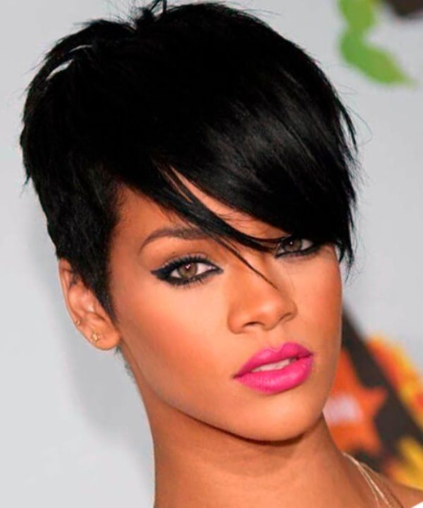 Rihanna Hairstyle Latest Hairstyle In 2019 Rihanna Short Hair Rihanna Hairstyles Hair Styles