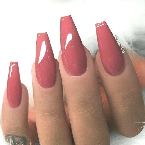 8 Deep Pink Nails Dusty Pink And Gold Stiletto Faux Nails Fake Nails Gold Tips French Tips Stilet Mauve Nails Red Nail Art Designs Fall Acrylic Nails