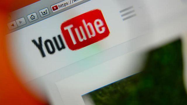 Περισσότερο YouTube από τηλεόραση βλέπει το 30% των Ελλήνων: Ένας στους τρεις Έλληνες χρήστες του Ίντερνετ (το 30%), ηλικίας 25-44 ετών,…
