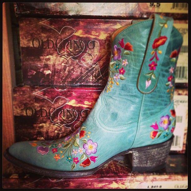 Old Gringo Sora Aqua Blue Cowgirl Boots at RiverTrail in North Carolina. #cowgirlboots #oldgringo