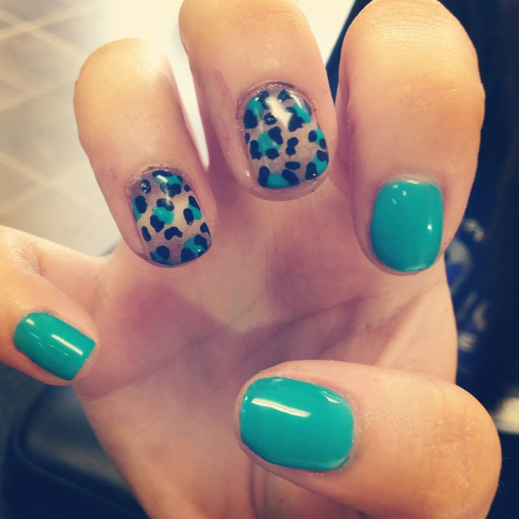 cheetah nail designs..kinda cool-maybe for a toe design - 25+ Best Leopard Toe Nails Ideas On Pinterest Leopard Nail