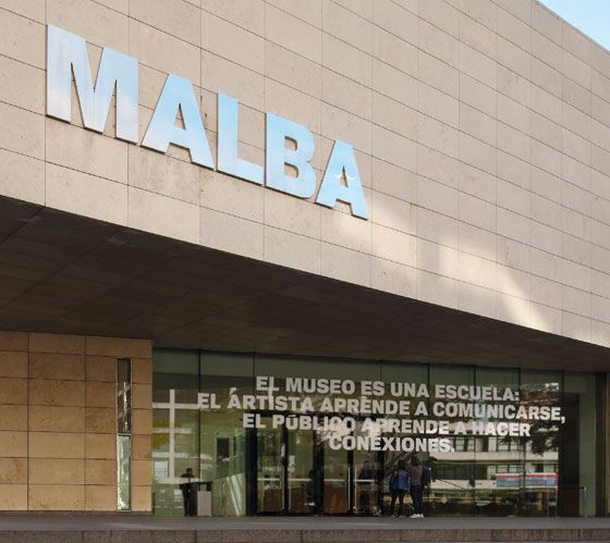 Postal-Luis-Camnitzer.-El-museo-es-una-escuela.jpg (560×499)