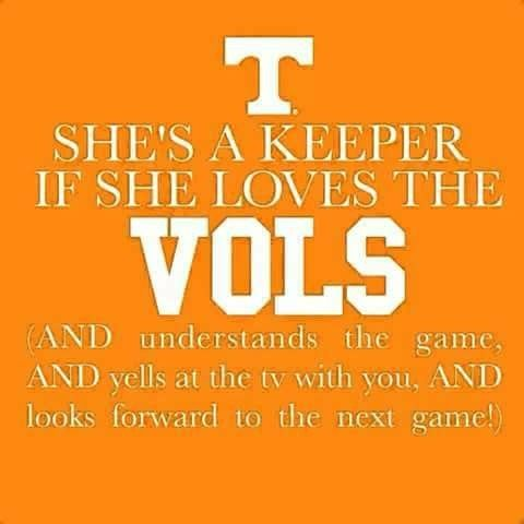 My Jonathan is a HUGE UK fan and today he bought me a UT t shirt and orange /white striped socks because he knows I love my TN VOLS FOOTBALL ❤❤❤