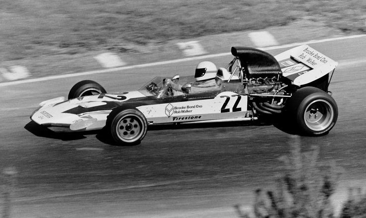 #22 John Surtees (GB) - Surtees TS9 (Ford Cosworth V8) 11 (14) Brooke Bond Oxo-Rob Walker Team Surtees
