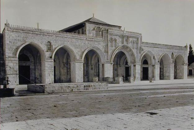 Masjid al-Aqsa was originally built by Umar ibn al-Khattab in 637