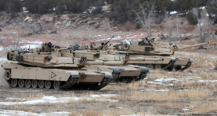 4th Infantry Division soldiers and M1A2 Abrams training at Fort Carson, CO