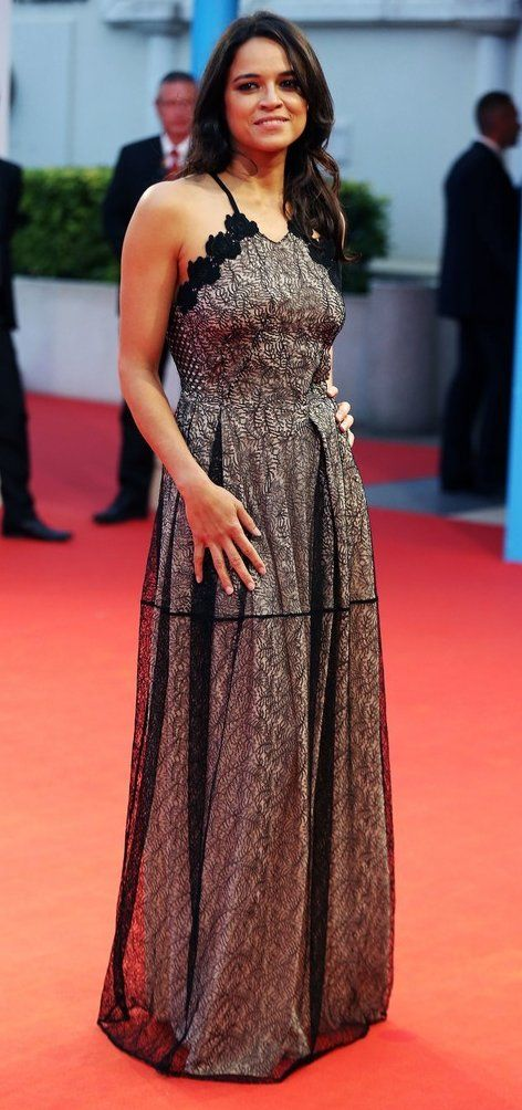 """Michelle Rodriguez attends the """"Zookeeper's wife"""" during the 43rd Deauville Film Festival. #bestdressed"""