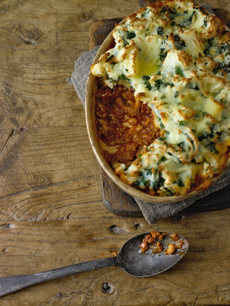 This warming shepherd's pie is simple to prepare and makes a fantastic variation on the usual recipe