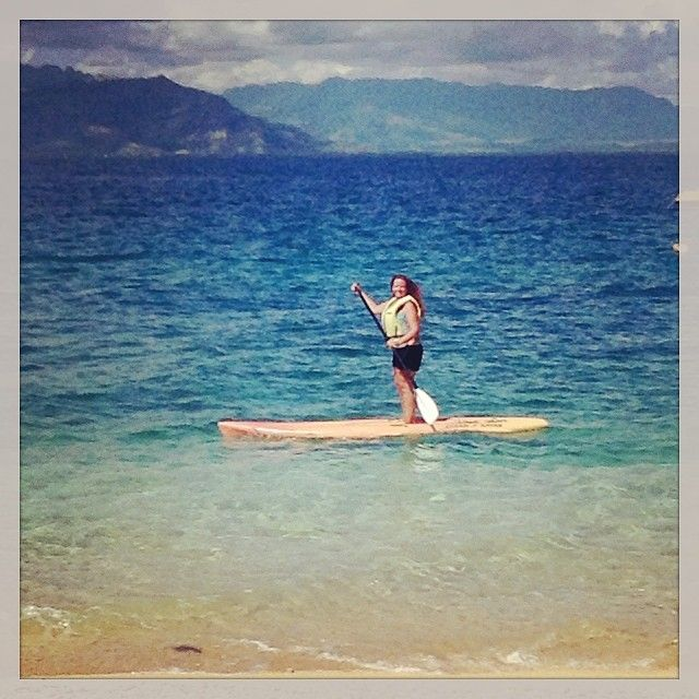Melissa is a natural, didn't fall in once #paddle boarding #southseaisland #sea #watersports #fiji #islands #firsttime