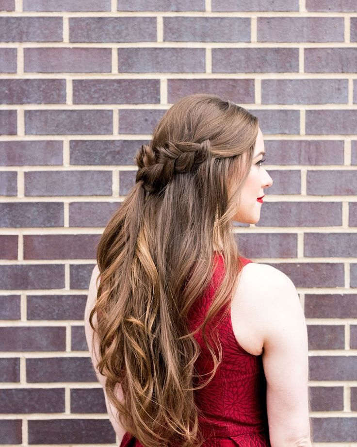 another angle on this half up holiday crown  we loved creating some bold winter looks with @bowtifullife | hair + makeup by goldplaited #hair #style #longhair #longhairstyle #gpblowout #gpbraid #chicago #dryblowout #makeup #blogger #fashionblogger #holidayhair #holidaymakeup #tistheseason #seasonsgreetings #braid
