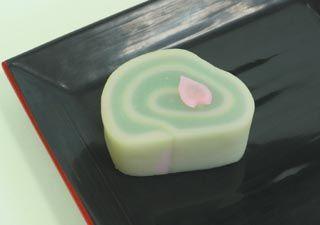 """Japanese Sweets, """"wagashi"""", 一片 Hitohira - A petal"""