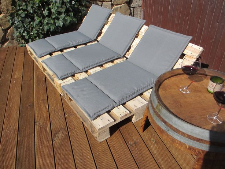 ber ideen zu sofa aus europaletten auf pinterest terrassenm bel set outdoor couch. Black Bedroom Furniture Sets. Home Design Ideas