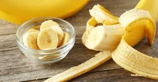 Скандинавские ученые недавно пришли к выводу, что в борьбе с гипертонией помогают бананы. Два плода в день на протяжении 2–3 месяцев, по их подсчетам, позволят привести давление в норму и отказаться от лекарств.