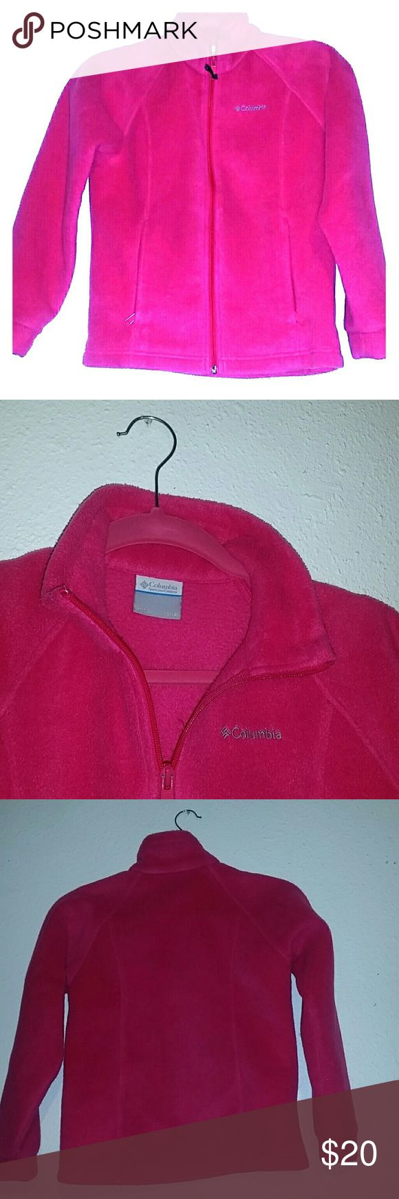 Colombia fleece Columbia classic, this is a soft and cozy fleece  Zippered hand pockets keep small items secure Colombia sportswear company  Other