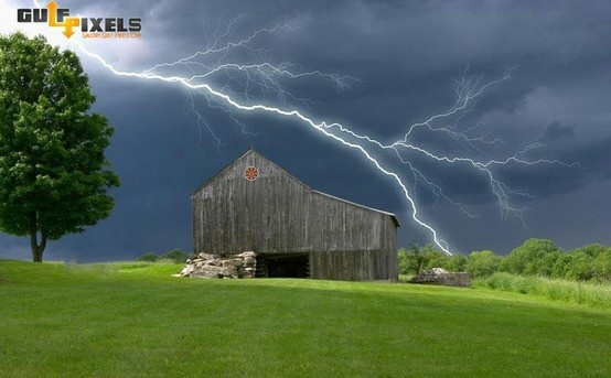 Daytime lightening storm.
