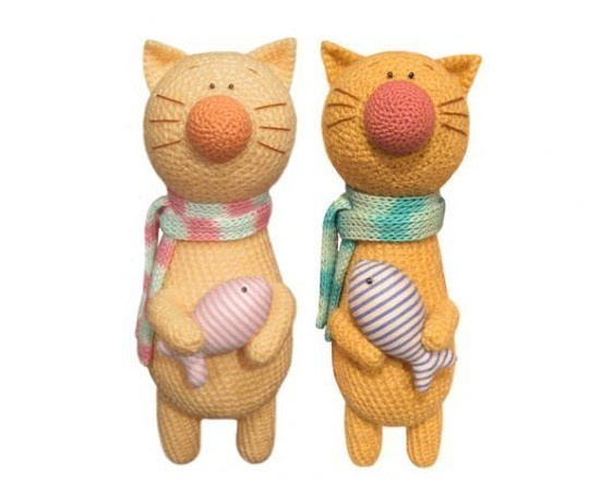 Lovely crocheted cats....I need to do this :o)
